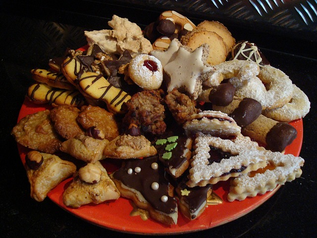 Best Christmas Cookies for Cookie Exchange